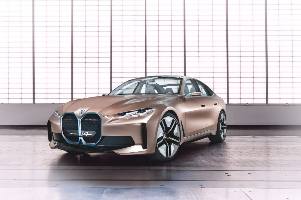 BMW concept i4 - predok