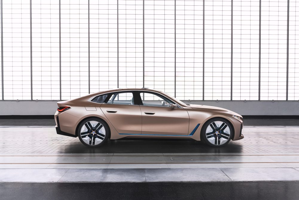 BMW concept i4 - strana